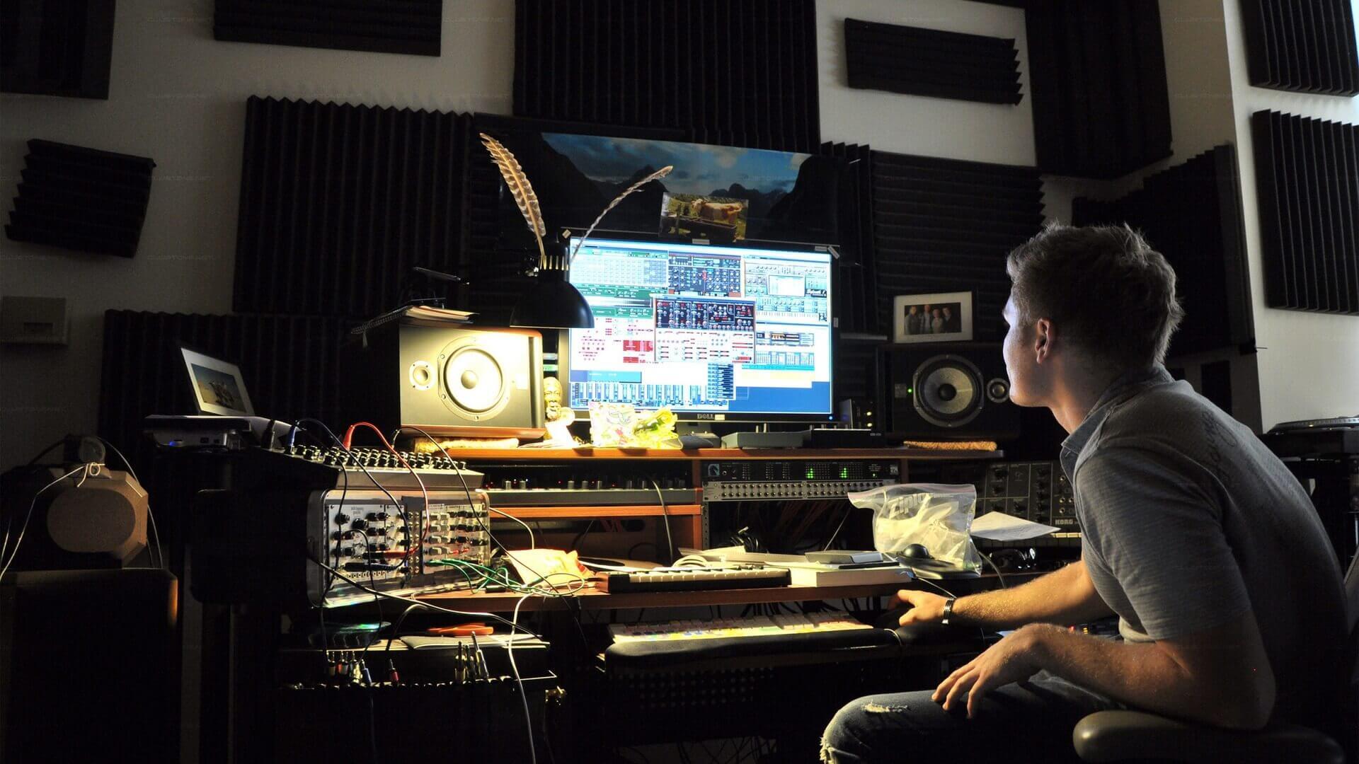 Бесплатные уроки по созданию музыки и звукозаписи