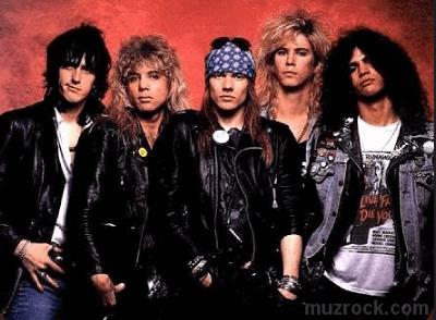 Успешная коммерческая металлическая группа Guns N' Roses